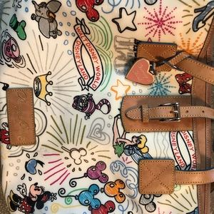 Dooney & Bourke tote purse